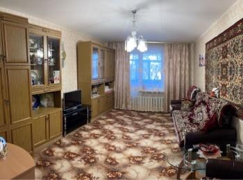 2-х комнатная квартира по ул. Нефтяников, Масаны