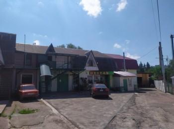 2-х этажное здание в Центре города (р-н 5 Углов)