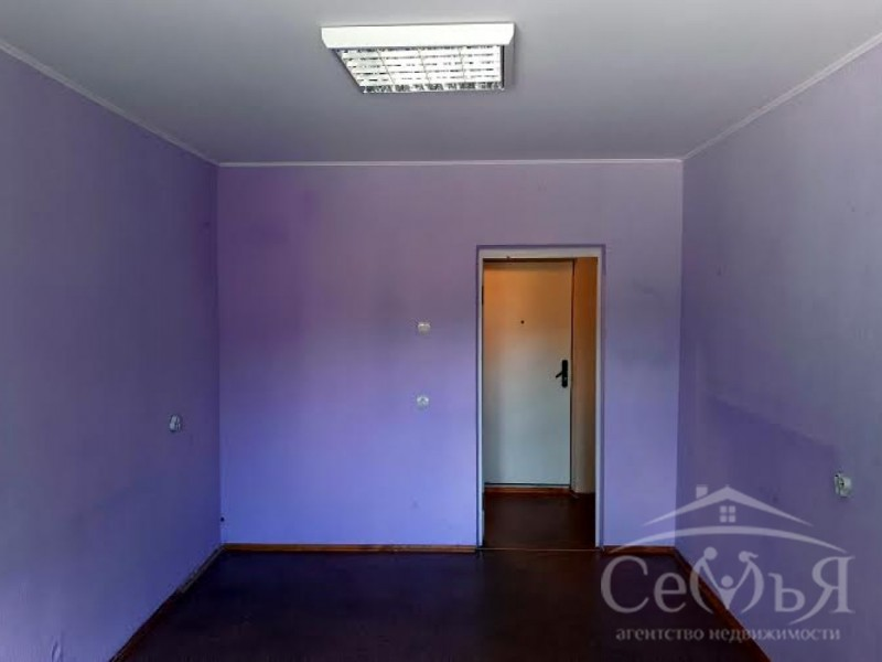 Продам квартиру под Офис ул. Рокоссовского