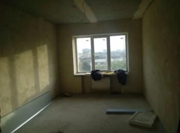 4-х комнатная 2-х уровневая квартира по просп. Победы, р-н Прогрес