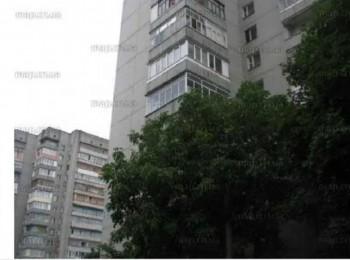 2-х комнатная квартира по просп. Победы, р-н Центрального рынка
