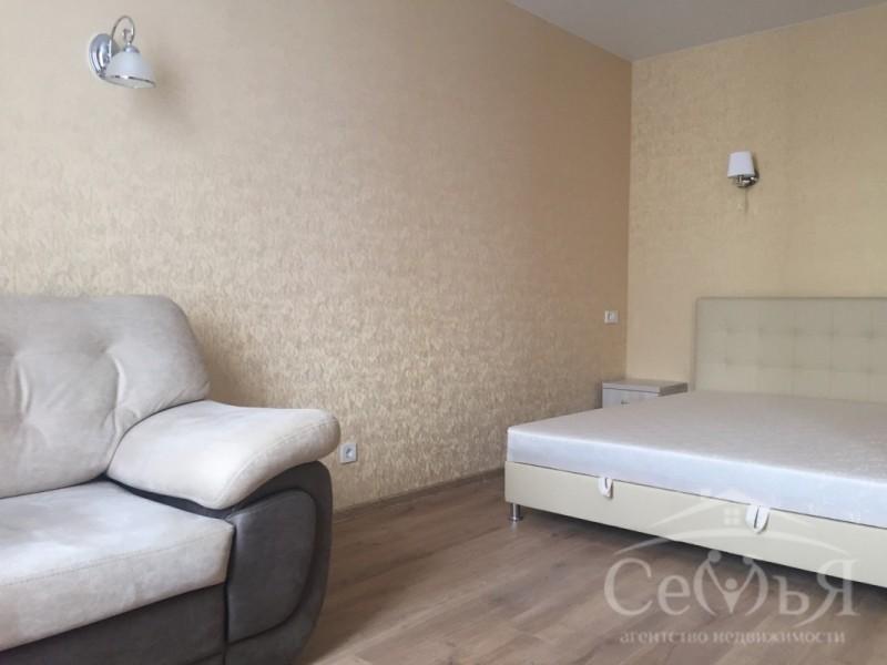 1 комнатная по ул. Зеленая, р-н ул. Киевская