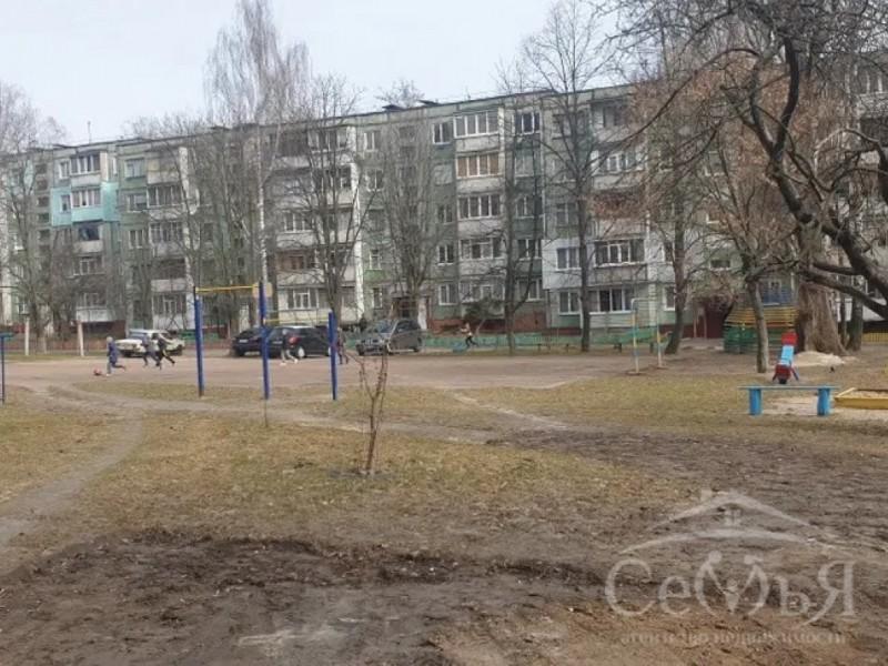 2-х комнатная квартира по ул. Рокоссовского, р-н маг. Турист