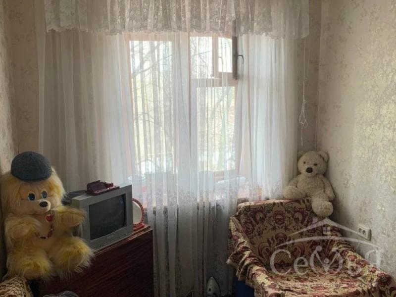 Комнаты в общежитии по ул. Текстильщиков, р-н Шерстянки