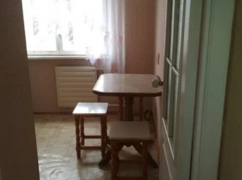 2-х комнатная по ул. Доценко, р-н 12 школы
