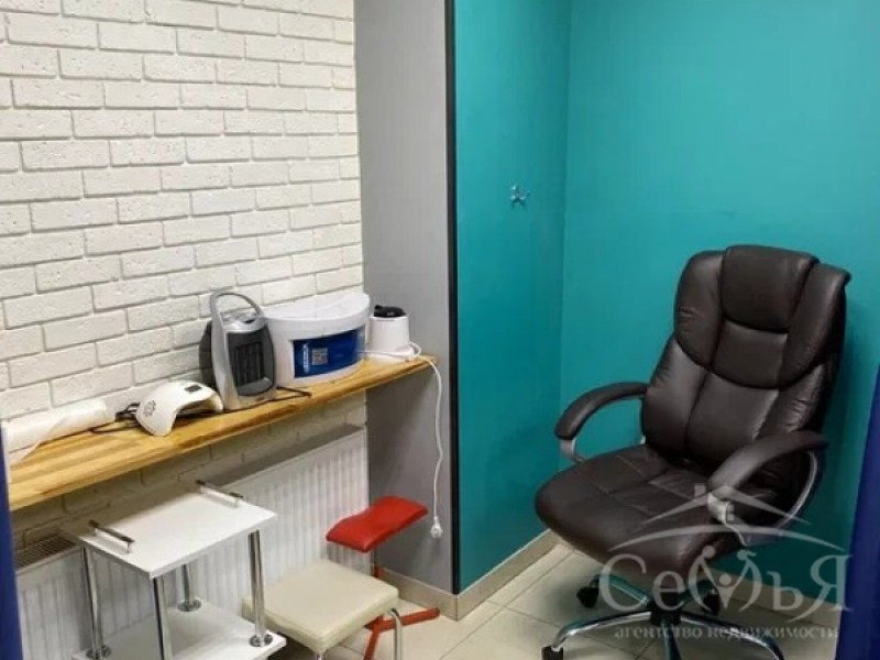 Салон красоты по ул. 1 Мая, р-н Александровки