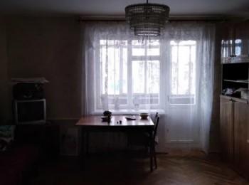 3-х комнатная по ул. Рокоссовского, р-н рынка Нивы
